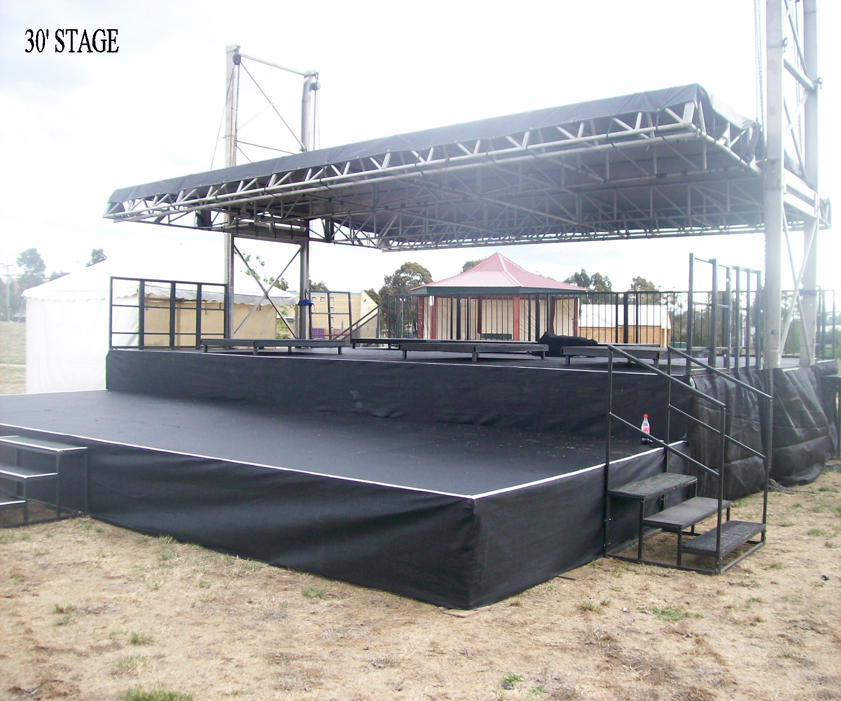 30-foot-STAGE-2008